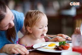 Chế độ dinh dưỡng cho trẻ phát triển chiều cao tối đa.